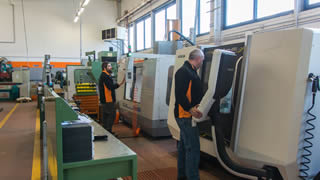 VISI GIVES FLEXIBILITY FOR TINY AND LARGE